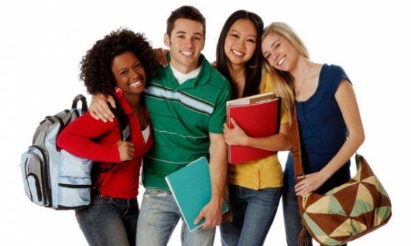 estudantes universitarios 600x360 - Vestibular ESTÁCIO 2022: Inscrições, Cursos, Resultado